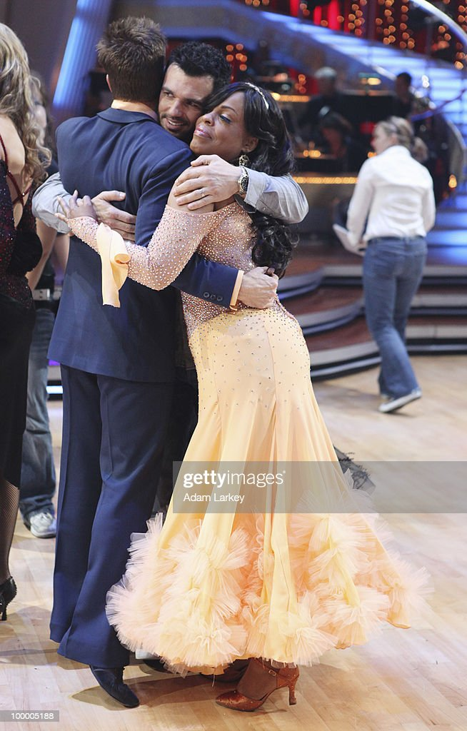 SHOW - 'Episode 1008A' - The seventh couple to be eliminated this season, Niecy Nash and Louis Van Amstel, was sent home on 'Dancing with the Stars the Results Show,' TUESDAY, MAY 11 (8:00-9:00 p.m., ET). (Photo by Adam Larkey/ABC via Getty Images) LOUIS