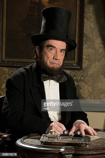 Martin Short as Abraham Lincoln during the 'The War in Words' sketch on May 31 2016