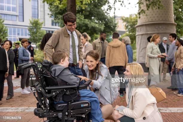 "Episode 102 ""Requiem"" -- Pictured: John Gluck as Christopher, James Wolk as Joe Kimbreau, Anne Ramsay as Gwen, Elizabeth Lail as Jenny Banks --"