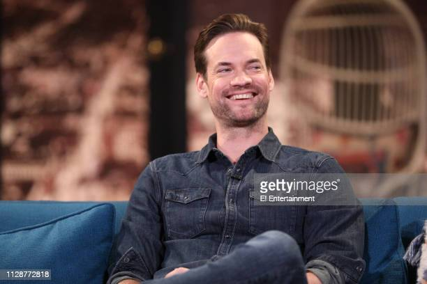 Guest Shane West on the set of Busy Tonight