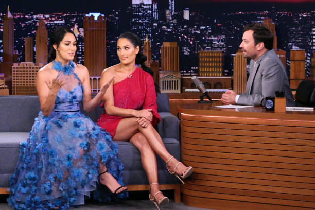 "NY: NBC's ""Tonight Show Starring Jimmy Fallon"" With Guests Michael Strahan, Nikki & Brie Bella, SLEATER-KINNEY"