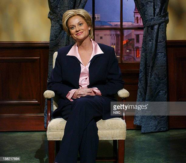 """Episode 11 -- Aired -- Pictured: Amy Poehler as Hillary Clinton during """"Anderson Cooper 360"""" skit on January 21, 2006"""