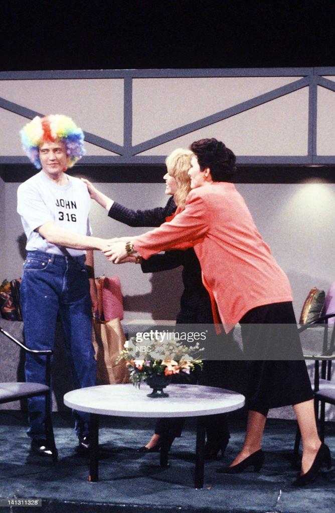 Saturday Night Live - Seasn 15 : News Photo