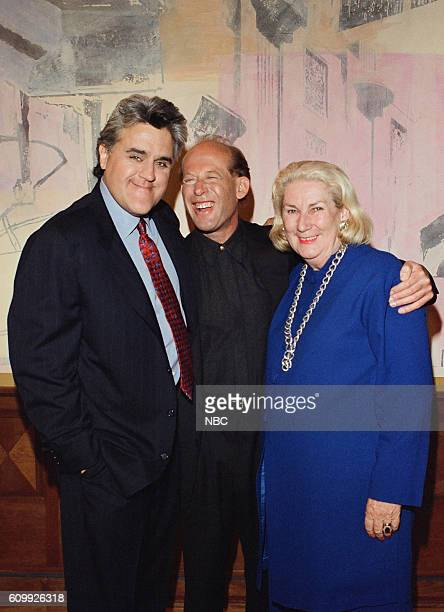 Host Jay Leno pianist David Helfgott and his wife Gillian pose during a photoop on April 29 1997