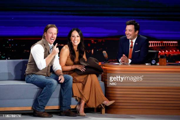 Episode 1152 -- Pictured: Television personalities Chip Gaines and Joanna Gaines during an interview with host Jimmy Fallon on November 7, 2019 --
