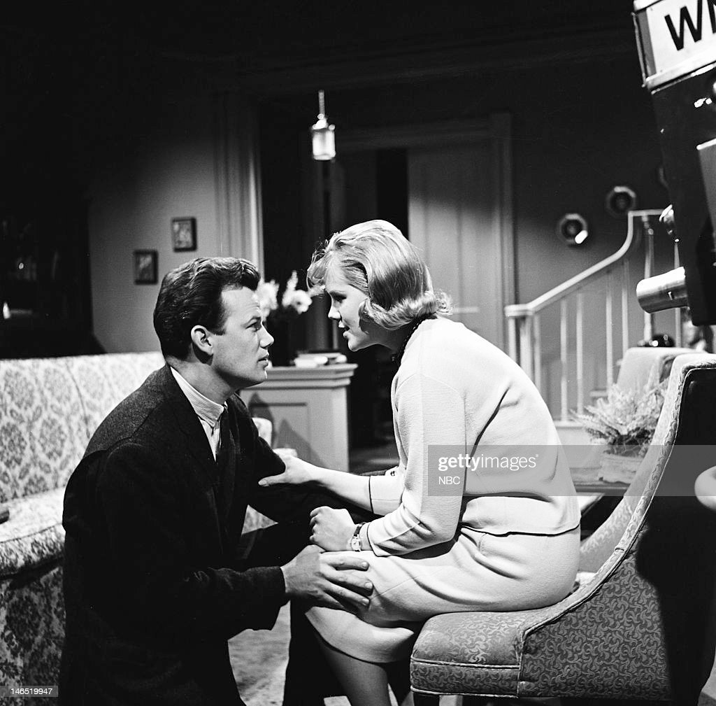 Earl Muron, Iris Joyce as Marjorie Lee --