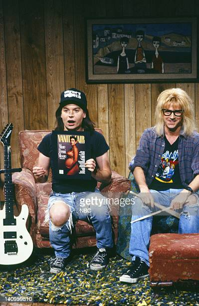 LIVE Episode 13 Air Date Pictured Mike Myers as Wayne Campbell Dana Carvey as Garth Algar during the Wayne's World skit on February 17 1990 Photo by...