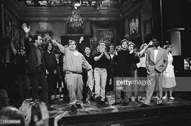 Kevin Nealon Chris Farley Jason Priestley Dana Carvey Chris Rock onstage February 15 1992 Photo by Al Levine/NBCU Photo Bank