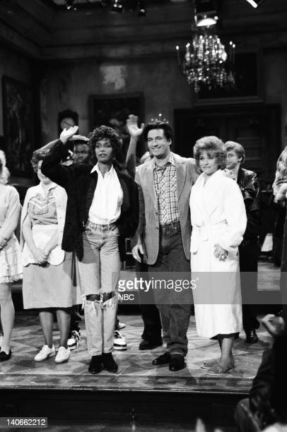 Episode 14 -- Pictured: Julia Sweeney, Chris Rock, Whitney Houston, Alec Baldwin, Jan Hooks during the closing on February 23, 1991 -- Photo by:...