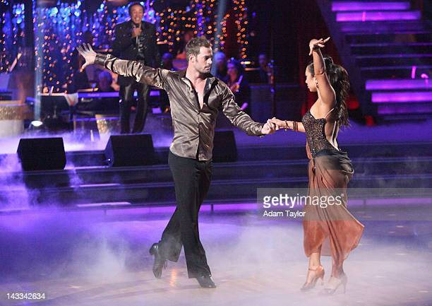 STARS 'Episode 1406' This week's episode of 'Dancing with the Stars' presented a Motown special with live performances from Motown legends Smokey...