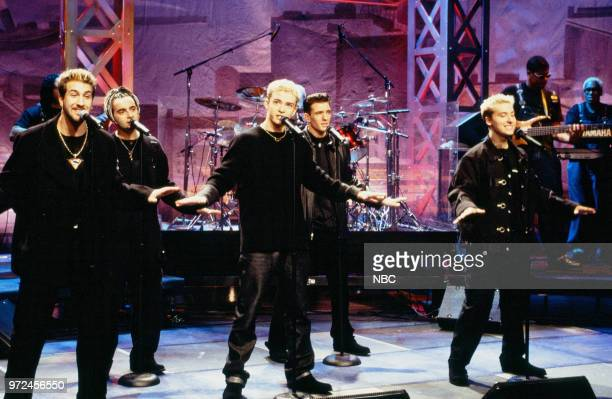 Episode 1483 -- Pictured: Joey Fatone, Chris Kirkpatrick, Justin Timberlake, JC Chasez, and Lance Bass of N'Sync performing on November 06, 1998 --