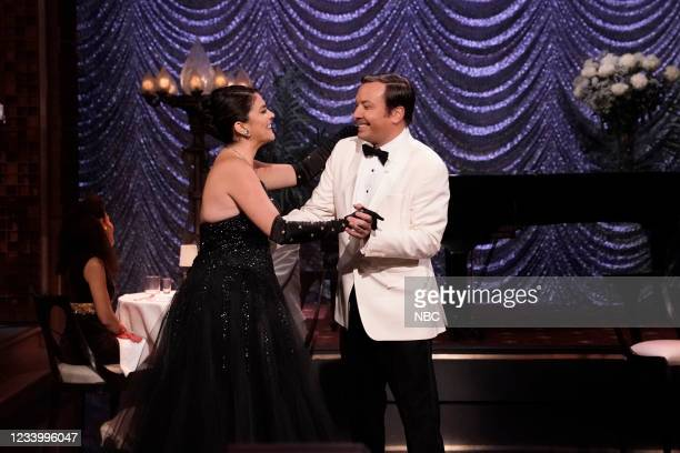 """Episode 1490 -- Pictured: Actress Cecily Strong and host Jimmy Fallon during """"Something Stupid"""" on Wednesday, July 14, 2021 --"""