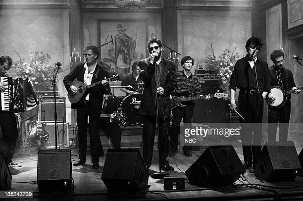 LIVE Episode 15 Air Date Pictured James Fearnley Terry Woods Andrew Ranken Shane MacGowan Darryl Hunt Spider Stacy Jem Finer Musical guest the Pogues...