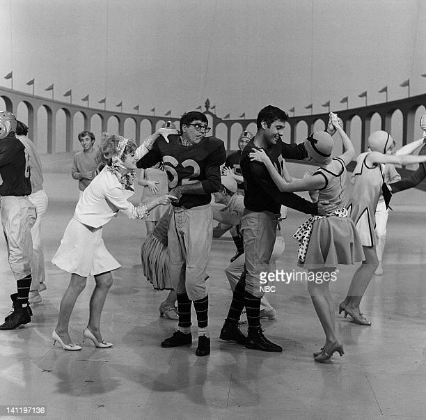 SHOW Episode 15 Aired Pictured Anne Baxter Jerry Lewis as Sidney Jack Jones and dancers in Thoroughly Modern Sidney sketch Photo by Fred Sabine/NBCU...