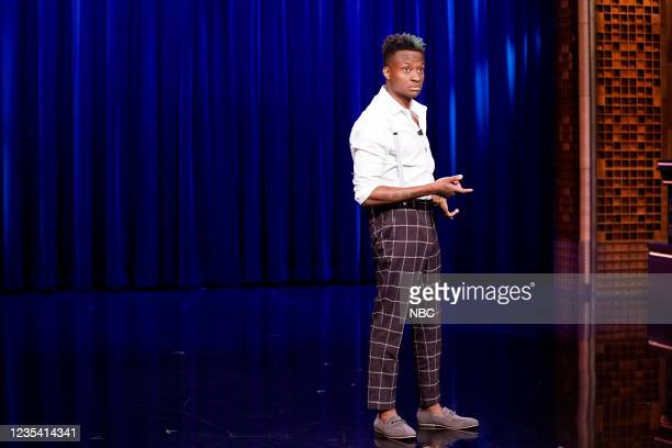 Episode 1519 -- Pictured: Comedian Nore Davis performs on Tuesday, September 21, 2021 --