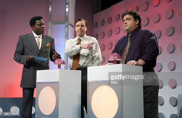 LIVE Episode 16 Aired Pictured Bernie Mac as Lawrence Jimmy Fallon as Steve Thinset Horatio Sanz as Greg Ferguson during 'Brain Busters' skit