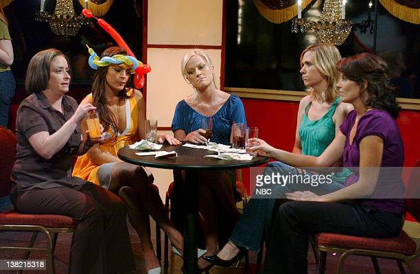 LIVE Episode 16 Aired Pictured Rachel Dratch as Debbie Downer Lindsay Lohan Amy Poehler Kristen Wiig Tina Fey as Friends during Debbie Downer skit on...