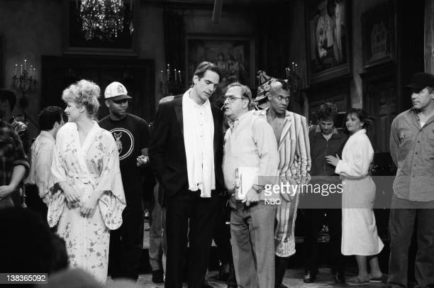 Victoria Jackson Razor Ruddock Jeremy Irons Don Pardo Fishbone Dana Carvey Jan Hooks Phil Hartman during the closing on March 23 1991