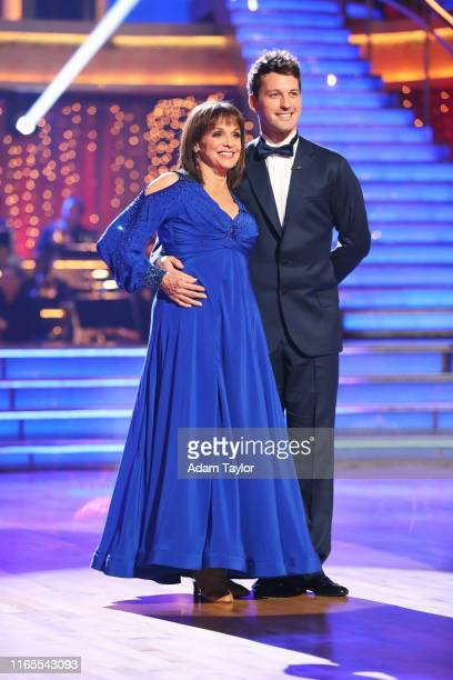 Episode 1701 Dancing with the Stars is back with an allnew cast and fresh show format The competition began with the twohour season premiere live...