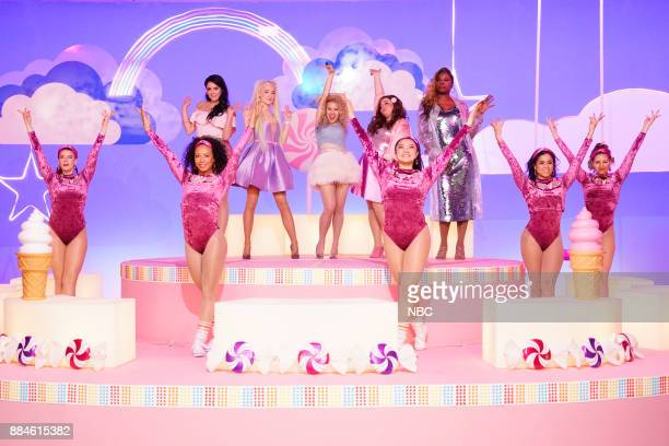 Cecily Strong Saoirse Ronan Kate McKinnon Aidy Bryant Leslie Jones during 'Girl Song' on Saturday December 2 2017