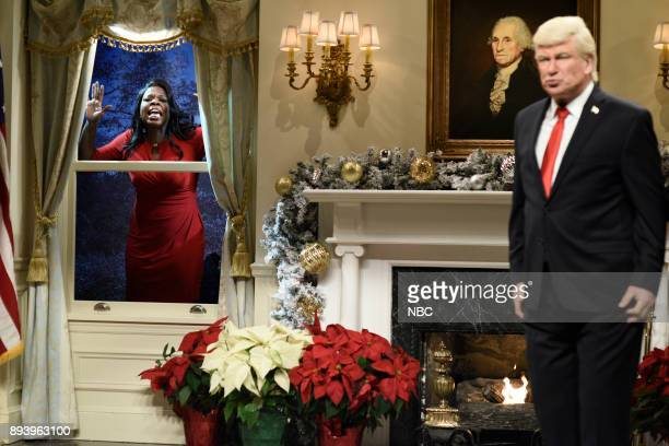 Leslie Jones as Omarosa Manigault Alec Baldwin as President Donald J Trump during 'White House Tree Trimming Cold Open' in Studio 8H on Saturday...