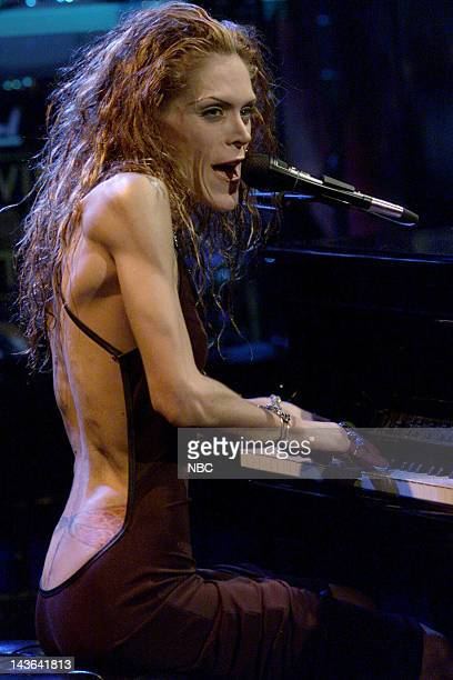 Episode 1747 -- Pictured: Musical guest Beth Hart performs on December 27, 1999 -- Photo by: NBC/NBCU Photo Bank via Getty Images