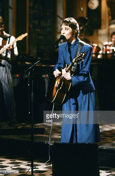 Episode 18 -- Pictured: Suzanne Vega during the musical performance of 'Marlene on the Water' on May 9, 1987 -- Photo by: Alan Singer/NBC/NBCU Photo...