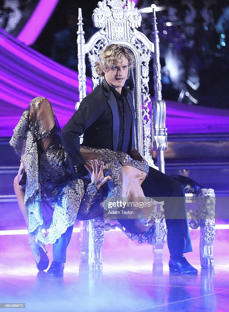 "ABC's ""Dancing With the Stars"" - Season 18 - Week Two : News Photo"