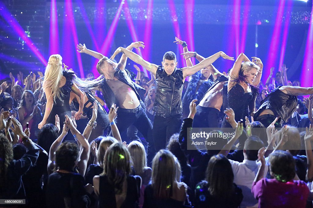 STARS - 'Episode 1806' - 'Macy's Stars of Dance' returned for its second installment of the season with creative oversight by Emmy(r) Award-winning Choreographer and Pro Dancer, Derek Hough, on MONDAY, APRIL 21 (8:00-10:01 p.m., ET) on the ABC Television Network. DEREK
