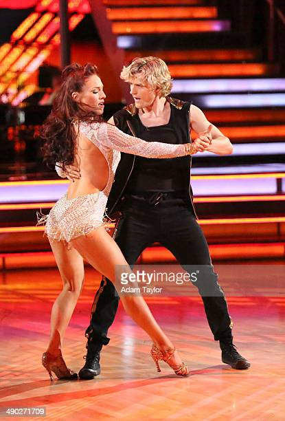 """Episode 1809"""" - Emmy Award winning director and choreographer Kenny Ortega made his """"Dancing With The Stars"""" debut as a guest judge on American Icons..."""