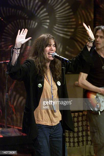 Musical guest Patti Smith performs on April 11 2000