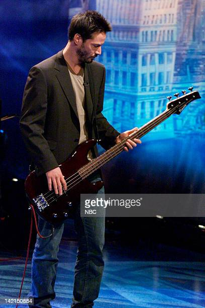 Episode 1870 -- Pictured: Keanu Reeves of musical guest Dogstar performs on July 10, 2000 --