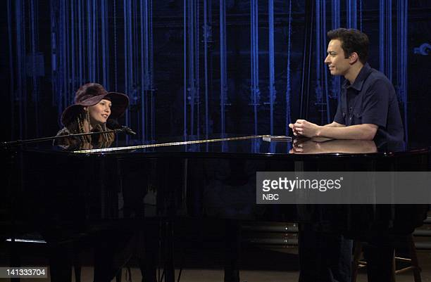 LIVE Episode 19 Air Date Pictured Kirsten Dunst as Alexis Yarlsburg Jimmy Fallon as Carson Daly during the Last Call skit on May 11 2002 Photo by...