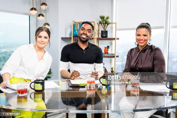 Episode 190322 -- Pictured: Daily Pop Co-Hosts Carissa Culiner and Justin Sylvester pose for a photo with Guest Co-Host Kamie Crawford on set --