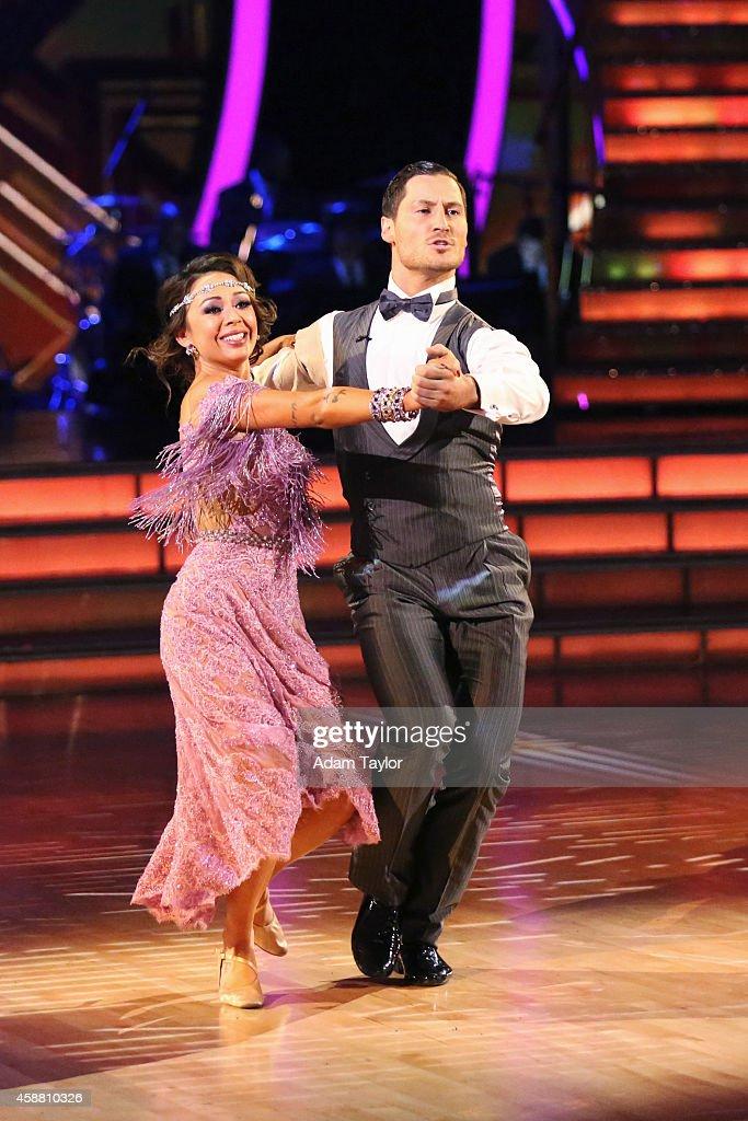 """ABC's """"Dancing With the Stars"""" - Season 19 - Week Nine : News Photo"""