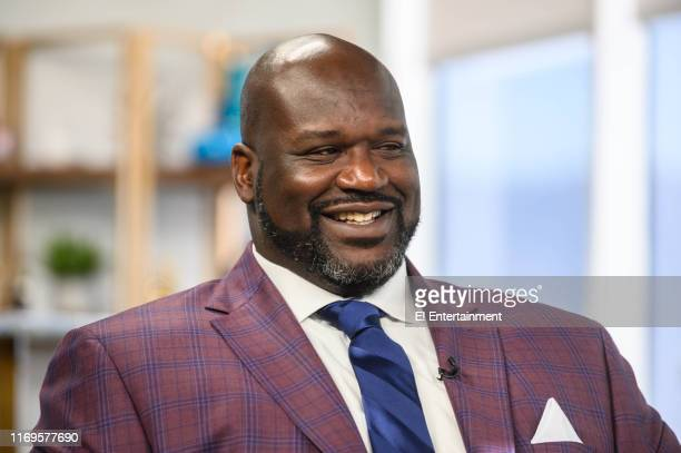 Daily Pop guest Shaquille O'Neal being interviewed