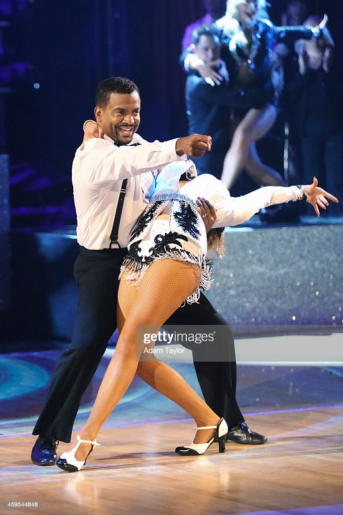 """ABC's """"Dancing With the Stars"""" - Season 19 - Finale - Day One : News Photo"""
