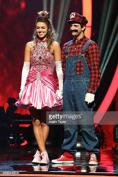 STARS Episode 1911 Four remaining couples competed in two exciting rounds of dance In the first round each couple took on the Judges Pick and...