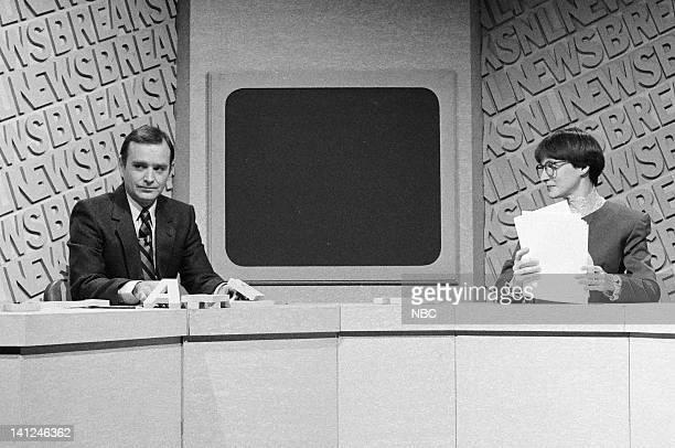 Brian DoyleMurray and Mary Gross during the 'SNL Newsbreak' skit on October 10 1981
