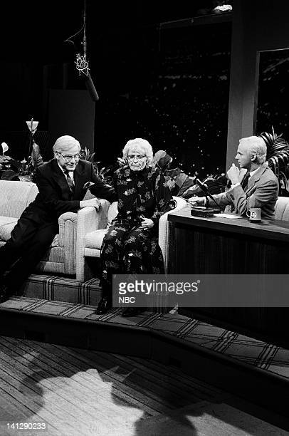 Phil Hartman as Ed McMahon Jan Hooks as Crystal McLanahan Dana Carvey as Johnny Carson during 'The Tonight Show' skit on May 19 1990 Photo by Raymond...