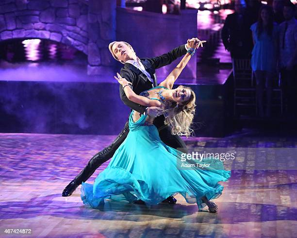 STARS Episode 2002 It was #myjammonday this week on Dancing with the Stars Celebrity couples danced to their favorite jams on MONDAY MARCH 23 on the...