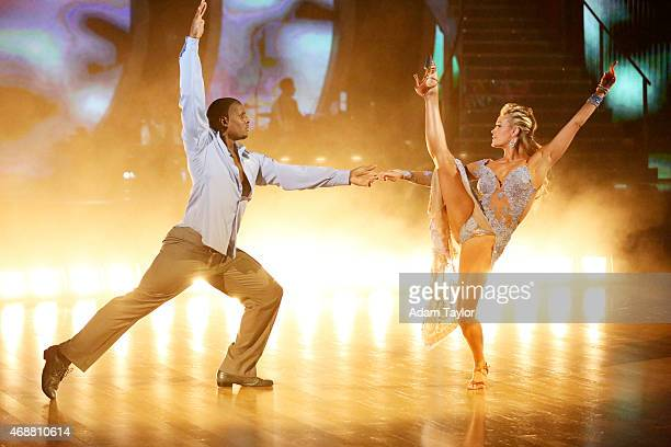 STARS Episode 2004 Each celebrity set out to leave a lasting expression with their dances as they celebrated their most memorable year on Dancing...