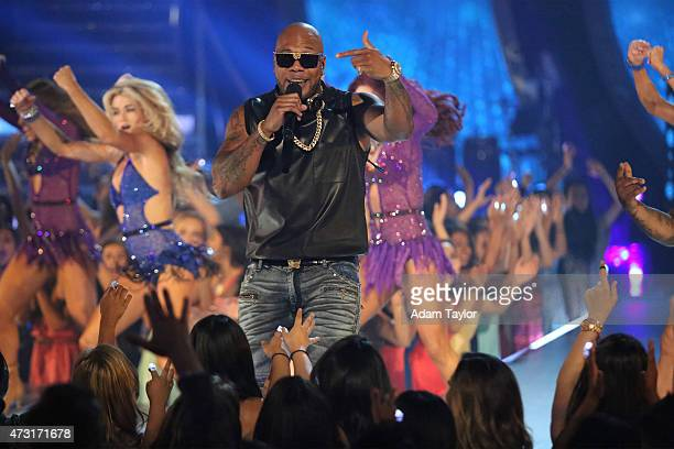 """Episode 2009A"""" - """"Dancing with the Stars: The Results"""" continued on TUESDAY, MAY 12 . Flo Rida dropped by the ballroom to perform his hit """"GDFR.Äù..."""
