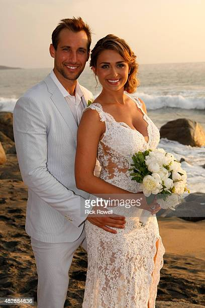 PARADISE Episode 201B Looking for a second chance at love on the twonight season premiere of Bachelor in Paradise the cast arrived one by one to...