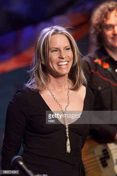 Episode 2043 -- Pictured: Musical guest Vonda Shepard performs on April 23/2001 --