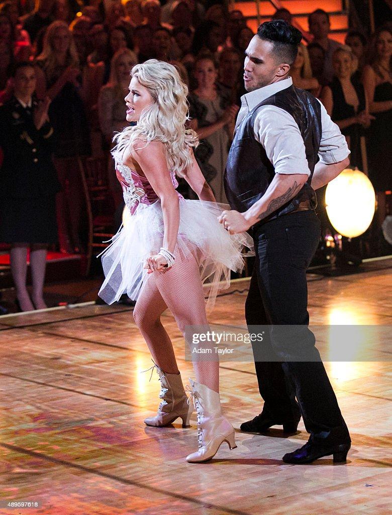 "ABC's ""Dancing With the Stars"" - Season 21 - Week Two : News Photo"