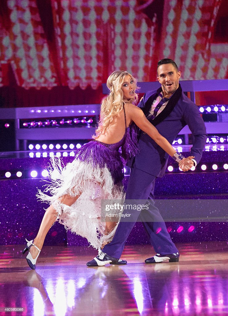 "ABC's ""Dancing With the Stars"" - Season 21 - Week Five : News Photo"