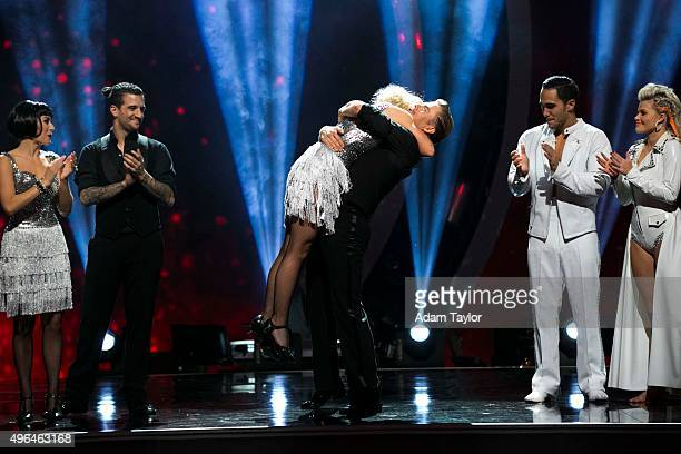STARS Episode 2109 This week the six remaining Dancing with the Stars couples performed two showstopping dances on MONDAY NOVEMBER 9 For the first...