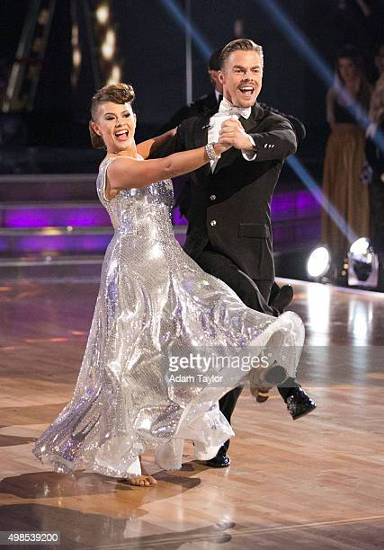 STARS Episode 2111 After weeks of competitive dancing the final four couples advanced to the FINALS of Dancing with the Stars this MONDAY NOVEMBER 23...