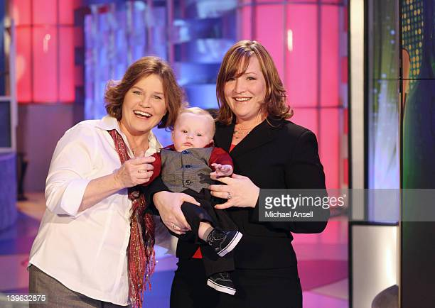 S FUNNIEST HOME VIDEOS Episode 2214 In this $100000 award show clips include Recovery Room Rambler in which a daughter wakes up from surgery...